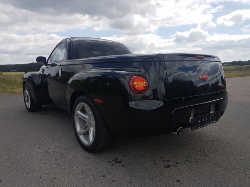 verkauft chevrolet ssr americanv8 pick gebraucht 2004. Black Bedroom Furniture Sets. Home Design Ideas