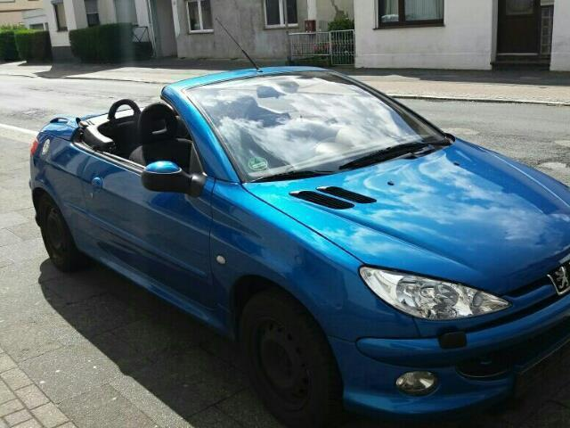 verkauft peugeot 206 cc 110 gebraucht 2003 km in bremen. Black Bedroom Furniture Sets. Home Design Ideas