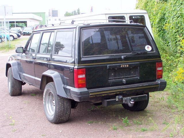 gebraucht xj 4l high output jeep cherokee 1989 km in erbenheim. Black Bedroom Furniture Sets. Home Design Ideas
