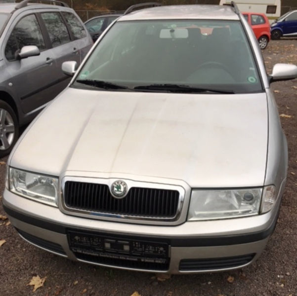 verkauft skoda octavia 1 6 combi selec gebraucht 2004 km in halbe. Black Bedroom Furniture Sets. Home Design Ideas