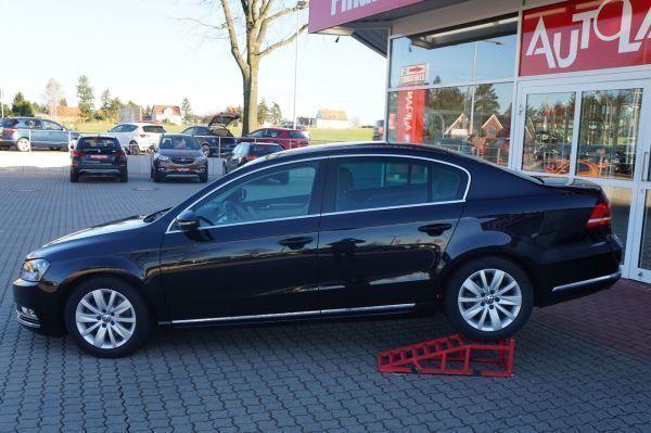 gebraucht VW Passat 1.4 TSI BM AAC Navi Standheizung SHZ PDC