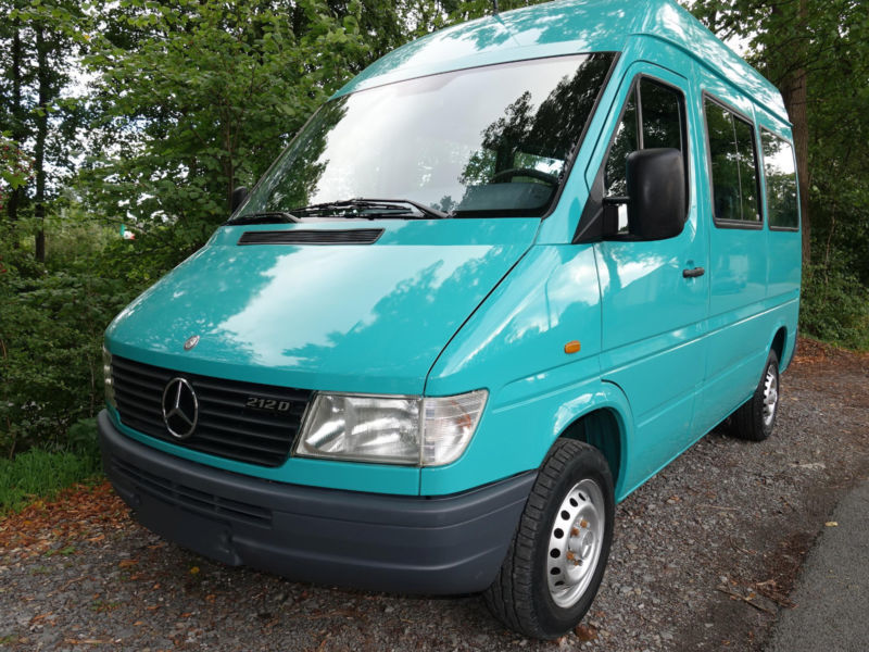 verkauft mercedes sprinter 212 d hochd gebraucht 1998 km in k ln. Black Bedroom Furniture Sets. Home Design Ideas