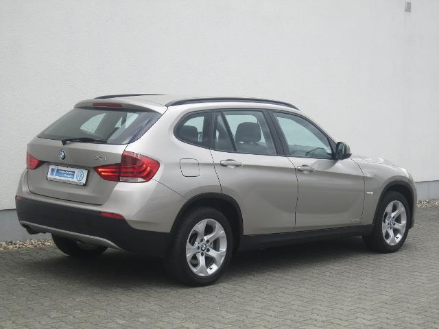verkauft bmw x1 18 d xdrive dpf xenon gebraucht 2011. Black Bedroom Furniture Sets. Home Design Ideas