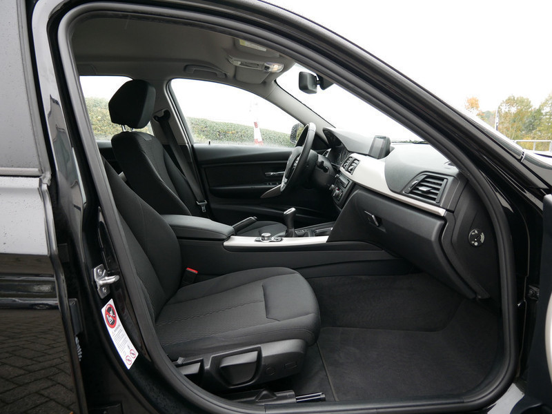 verkauft bmw 320 d touring gebraucht 2014 km in wiehl. Black Bedroom Furniture Sets. Home Design Ideas