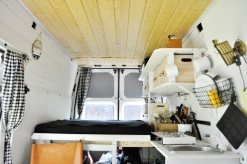 verkauft ford transit wohnmobil holz i gebraucht 2004. Black Bedroom Furniture Sets. Home Design Ideas