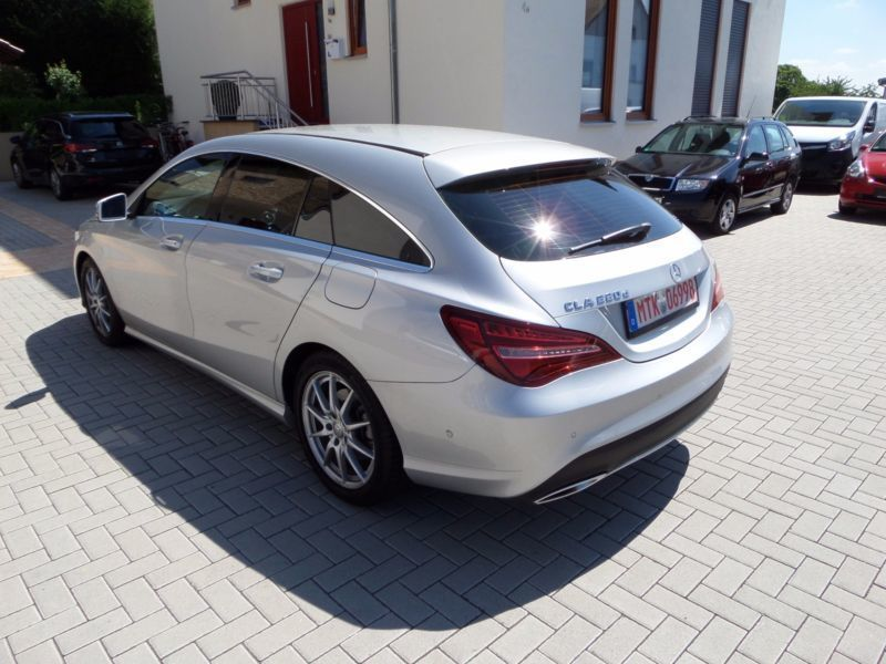 verkauft mercedes cla220 cla klasse sh gebraucht 2016 km in hofheim am taunus. Black Bedroom Furniture Sets. Home Design Ideas