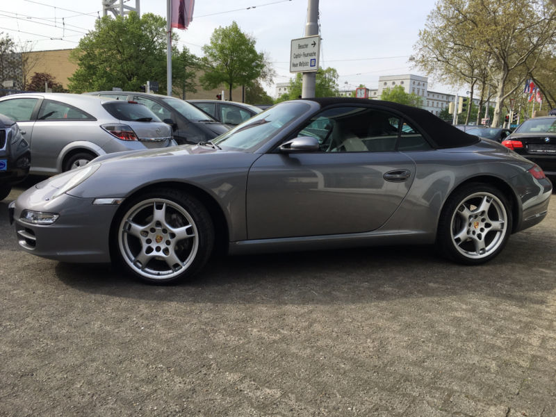 verkauft porsche 997 cabrio gebraucht 2005 km in mannheim. Black Bedroom Furniture Sets. Home Design Ideas