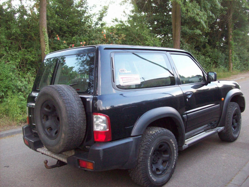 verkauft nissan patrol gr 3 0 di profi gebraucht 2003 km in ludwigshafen. Black Bedroom Furniture Sets. Home Design Ideas