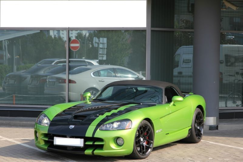 gebraucht srt 10 hu au neu dodge viper 2009 km in erfurt. Black Bedroom Furniture Sets. Home Design Ideas