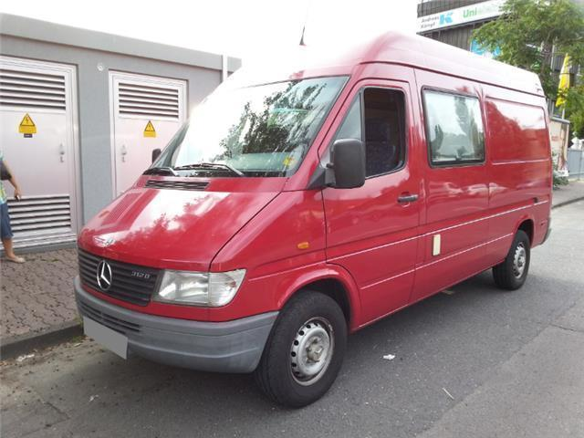 verkauft mercedes sprinter 312 d gebraucht 1996 km in frankfurt. Black Bedroom Furniture Sets. Home Design Ideas