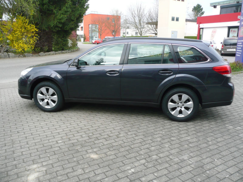 verkauft subaru outback lineartro gebraucht 2009 km in sindelfingen. Black Bedroom Furniture Sets. Home Design Ideas