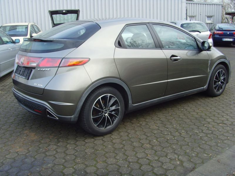 verkauft honda civic comfort gebraucht 2006 km in kaiseslautern. Black Bedroom Furniture Sets. Home Design Ideas
