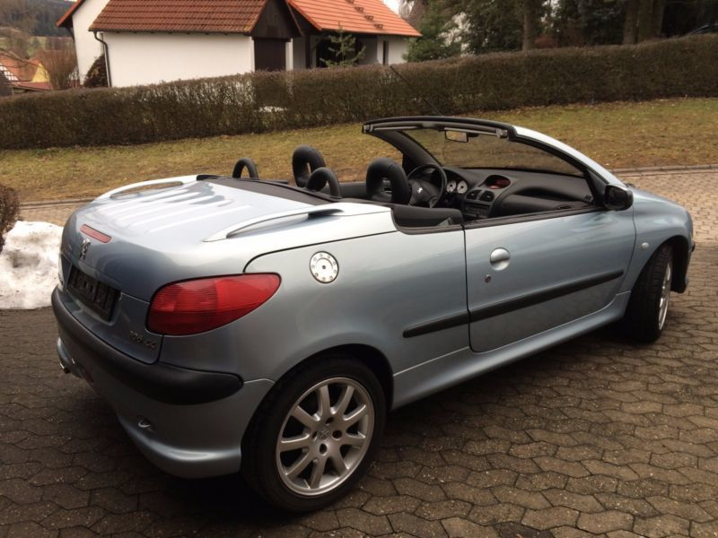 verkauft peugeot 206 cc 135 platinum gebraucht 2002 km in ludwigsfelde. Black Bedroom Furniture Sets. Home Design Ideas