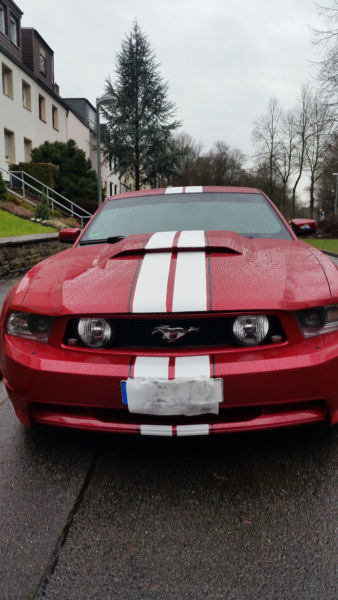 verkauft ford mustang gt gt gebraucht 2012 km in. Black Bedroom Furniture Sets. Home Design Ideas