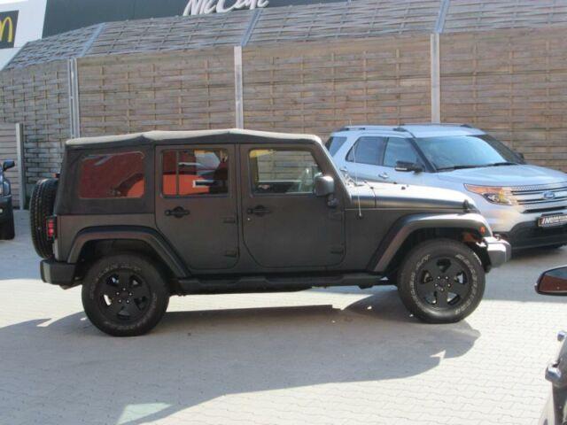 verkauft jeep wrangler unlimited 3 6 a gebraucht 2012. Black Bedroom Furniture Sets. Home Design Ideas