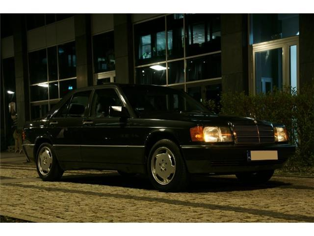 verkauft mercedes 190 gebraucht 1989 km in warschau. Black Bedroom Furniture Sets. Home Design Ideas