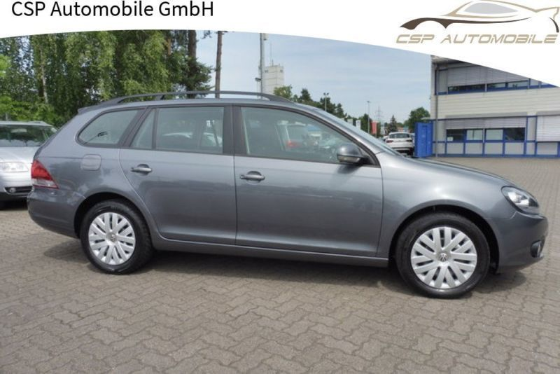 gebraucht trendline golf vi variant 1 6 tdi bluemotion vw golf vi 2012 km in traunreut. Black Bedroom Furniture Sets. Home Design Ideas