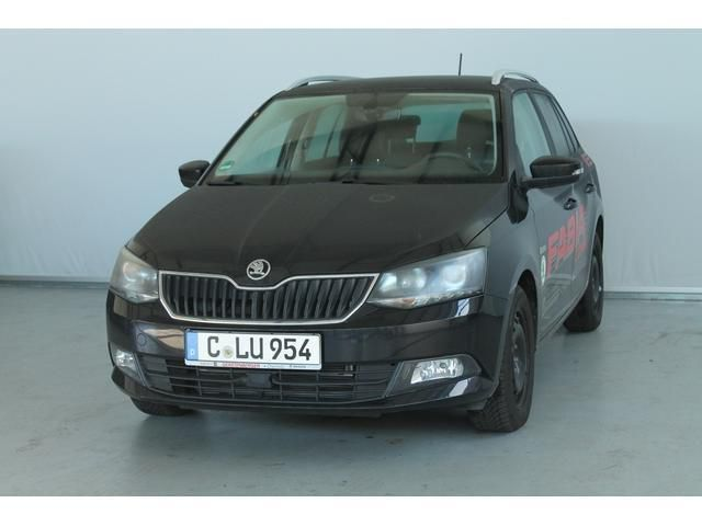 verkauft skoda fabia iii kombi 1 2 tsi gebraucht 2015 km in chemnitzchemnitz. Black Bedroom Furniture Sets. Home Design Ideas