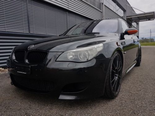 verkauft bmw m5 e60 v10 ab service eis gebraucht 2005 km in l rrach. Black Bedroom Furniture Sets. Home Design Ideas