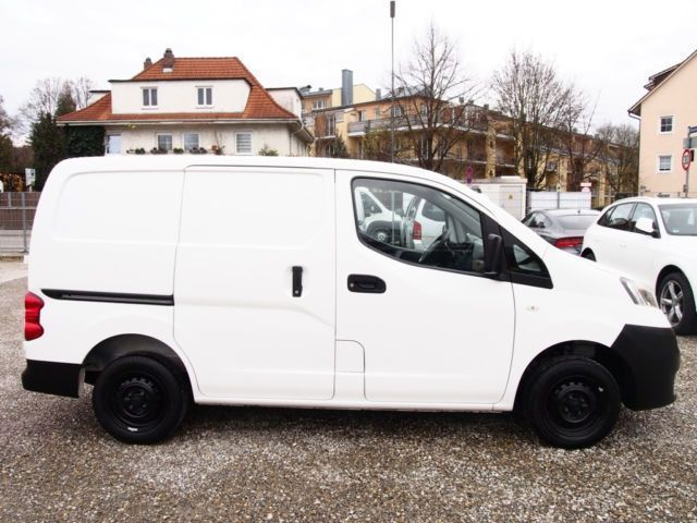 verkauft nissan nv200 1 5 dci kastenwa gebraucht 2011 km in ingolstadt. Black Bedroom Furniture Sets. Home Design Ideas