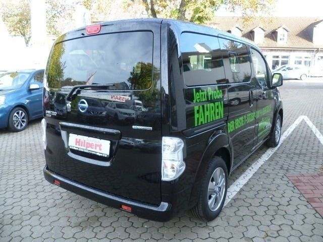 verkauft nissan e nv200 evalia 7 sitze gebraucht 2016 1. Black Bedroom Furniture Sets. Home Design Ideas