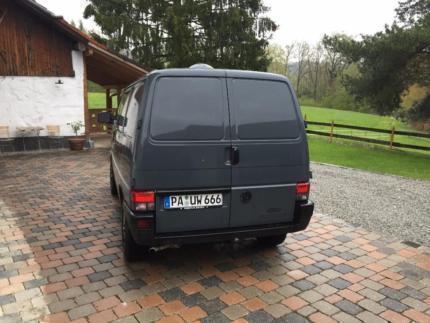 verkauft vw t4 vw bussyncro 5 zylinder gebraucht 1995 km in neuburg am inn. Black Bedroom Furniture Sets. Home Design Ideas