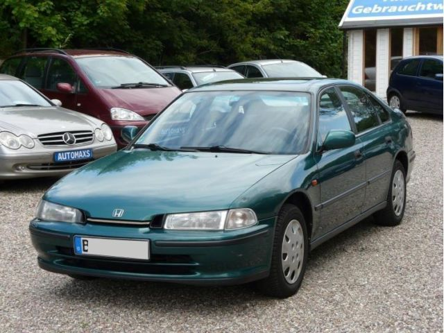 verkauft honda accord ls t v bis gebraucht 1995 km in berlin. Black Bedroom Furniture Sets. Home Design Ideas
