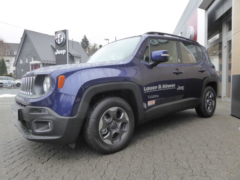 verkauft jeep renegade 1 6 multijet li gebraucht 2016 km in altenkirchen. Black Bedroom Furniture Sets. Home Design Ideas