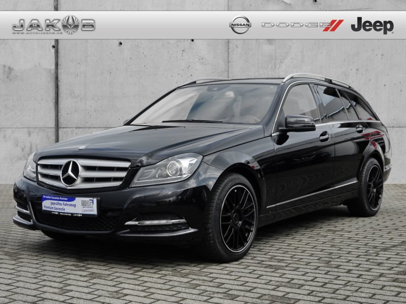 gebraucht cdi blueefficiency 4matic t modell mercedes c300 2012 km in roding. Black Bedroom Furniture Sets. Home Design Ideas