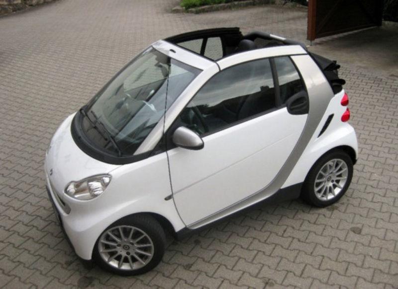 verkauft smart fortwo cabrio rechtslen gebraucht 2009 km in dresden. Black Bedroom Furniture Sets. Home Design Ideas