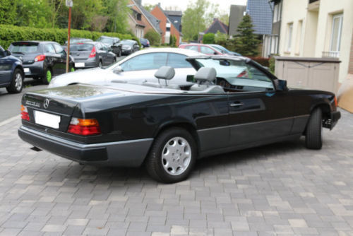 verkauft mercedes e300 ce 24 gebraucht 1992 km in hirschhorn neckar. Black Bedroom Furniture Sets. Home Design Ideas