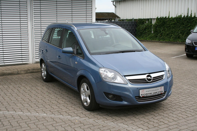 verkauft opel zafira b navi behinderte gebraucht 2008 km in wuppertal. Black Bedroom Furniture Sets. Home Design Ideas