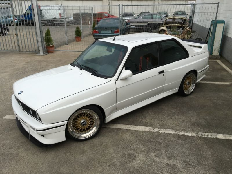 verkauft bmw m3 e30 gebraucht 1987 km in essen. Black Bedroom Furniture Sets. Home Design Ideas