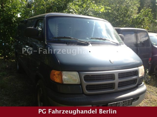 verkauft dodge ram 1500 kasten klima gebraucht 2001 km in berlin. Black Bedroom Furniture Sets. Home Design Ideas