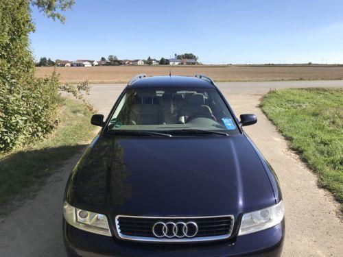 Verkauft Audi A4 Avant In Dunkelblau Gebraucht 2001 226000 Km