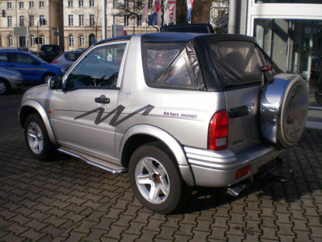 verkauft suzuki grand vitara cabrio 1 6 gebraucht 2003 km in wuppertal. Black Bedroom Furniture Sets. Home Design Ideas