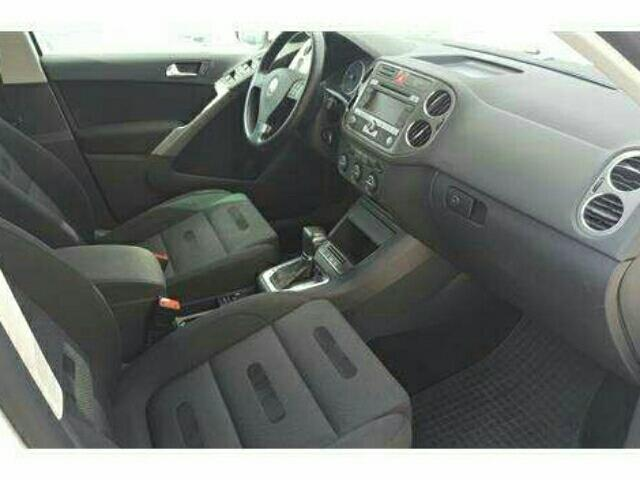 verkauft vw tiguan 2 0 tdi dpf 4motion gebraucht 2009 km in oldenburg. Black Bedroom Furniture Sets. Home Design Ideas