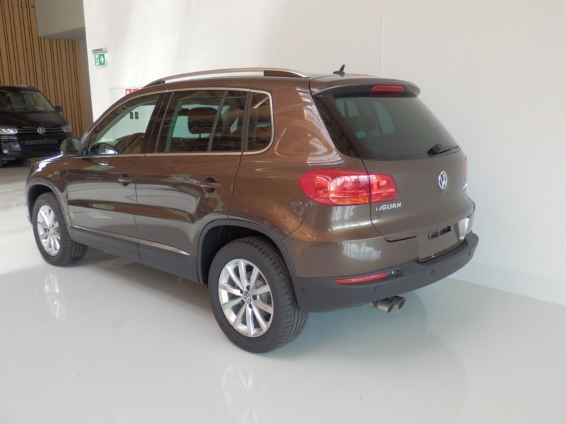 verkauft vw tiguan lounge 2 0 tdi dpf gebraucht 2015 100 km in nesselwang. Black Bedroom Furniture Sets. Home Design Ideas