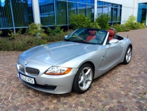 verkauft bmw z4 baureiheroadster gebraucht 2003 km in bayern. Black Bedroom Furniture Sets. Home Design Ideas