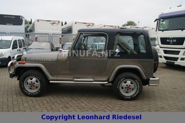 verkauft jeep wrangler hard top 2 5 gebraucht 1990 207. Black Bedroom Furniture Sets. Home Design Ideas