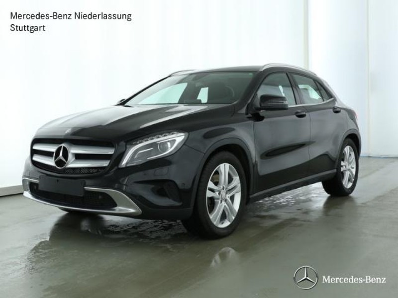 verkauft mercedes gla250 4matic sport gebraucht 2016 km in stuttgart feuerbach. Black Bedroom Furniture Sets. Home Design Ideas