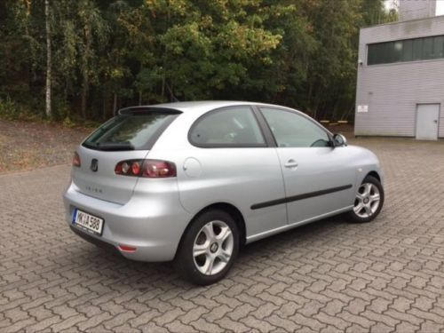 verkauft seat ibiza 1 4 16v gebraucht 2006 km in. Black Bedroom Furniture Sets. Home Design Ideas