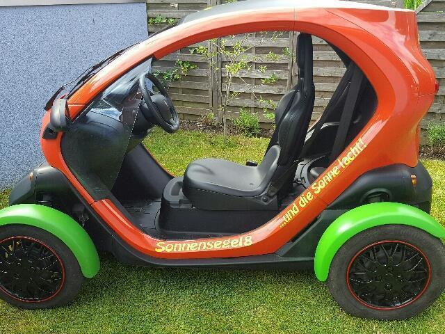 verkauft renault twizy urban gebraucht 2012 km in froendenberg. Black Bedroom Furniture Sets. Home Design Ideas