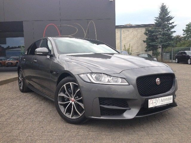 verkauft jaguar xf 20d r sport navi ka gebraucht 2016. Black Bedroom Furniture Sets. Home Design Ideas