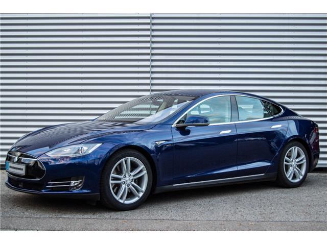 Verkauft Tesla Model S 85 19\