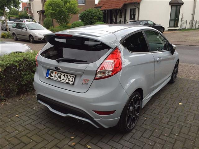 verkauft ford fiesta 1 6 ecoboost st gebraucht 2016 km in halle saale. Black Bedroom Furniture Sets. Home Design Ideas