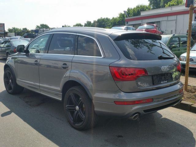 verkauft audi q7 3 0 tdi quattro ga gebraucht 2011 km in bottrop. Black Bedroom Furniture Sets. Home Design Ideas
