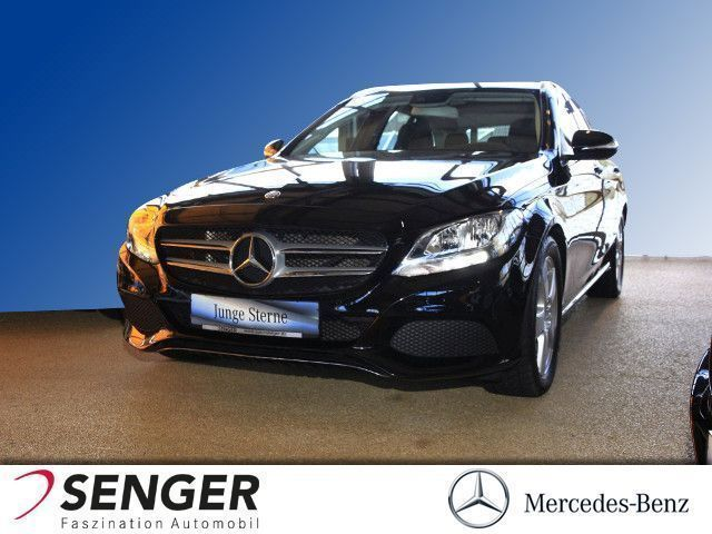 gebraucht Mercedes C220 T d Avantgarde,Navi,AHK,Airmatic,Panorama