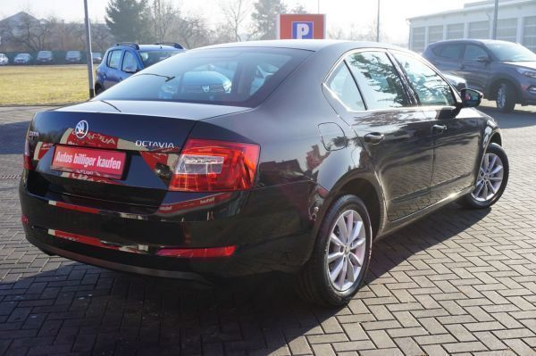 verkauft skoda octavia 1 2tsi dsg klim gebraucht 2013 km in brehna. Black Bedroom Furniture Sets. Home Design Ideas