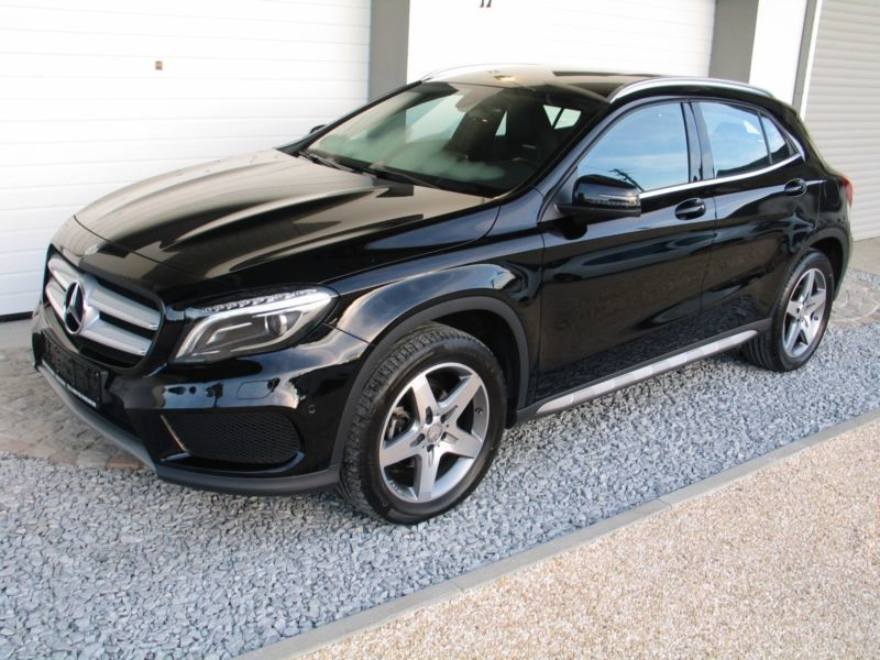 verkauft mercedes gla200 d amg line sp gebraucht 2016 km in holzheim. Black Bedroom Furniture Sets. Home Design Ideas